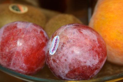 1012-plums
