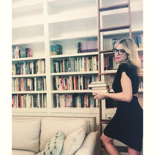 sarah-bookshelf